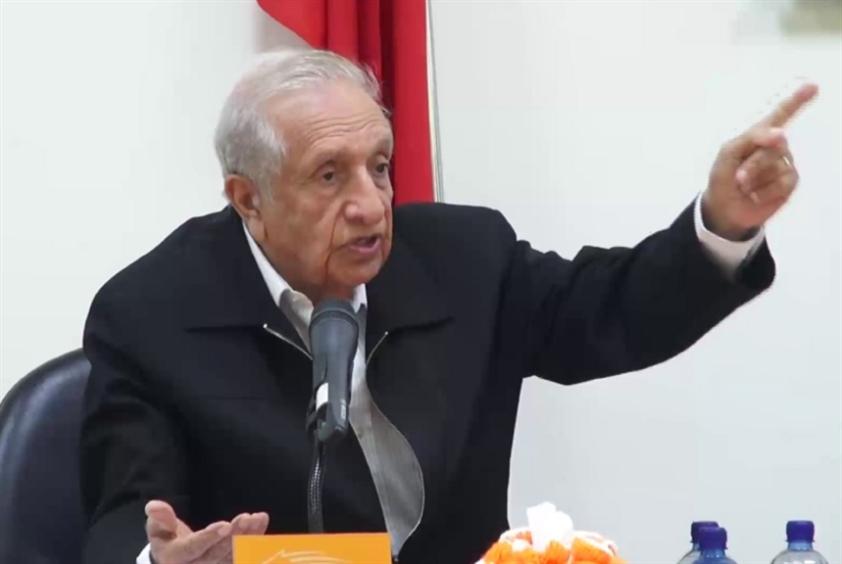 علي فخرو يستطلع أحوال العرب