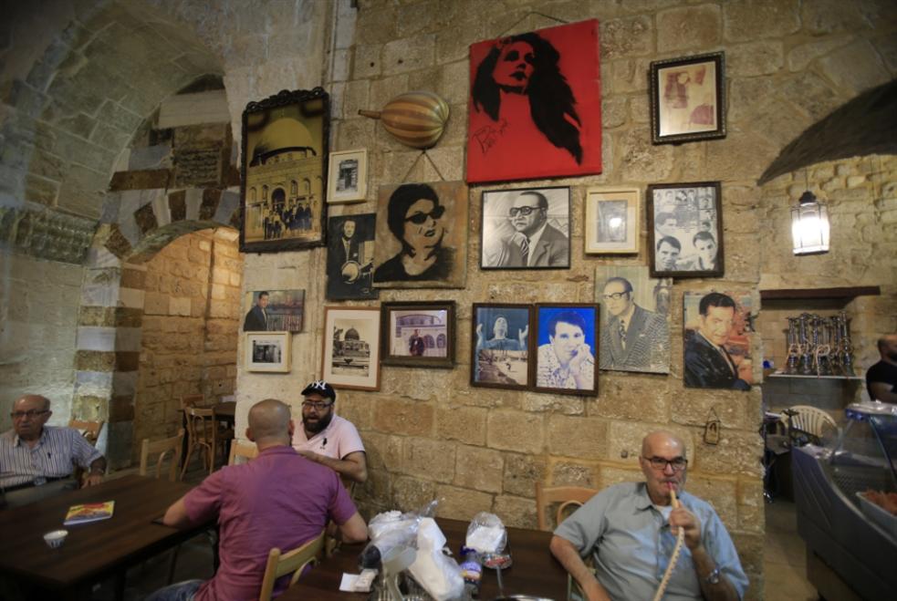 مقاهي صيدا القديمة:  رمضان «بينعشنا»!