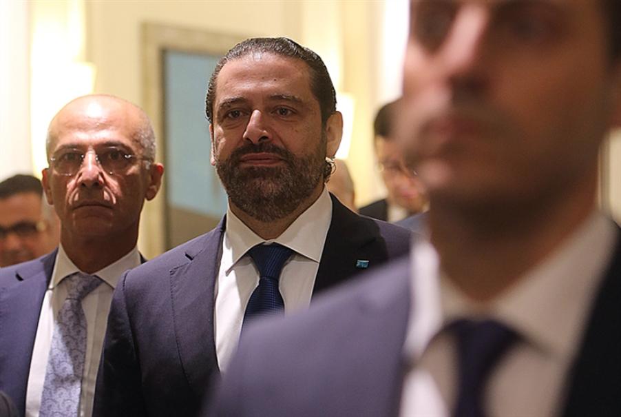 لا حكومة قبل العيد ولقاء قريب بين عون والحريري