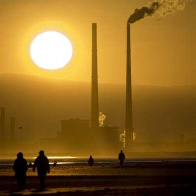 إيرلندا أول دولة في العالم تتخلى عن الوقود الأحفوري