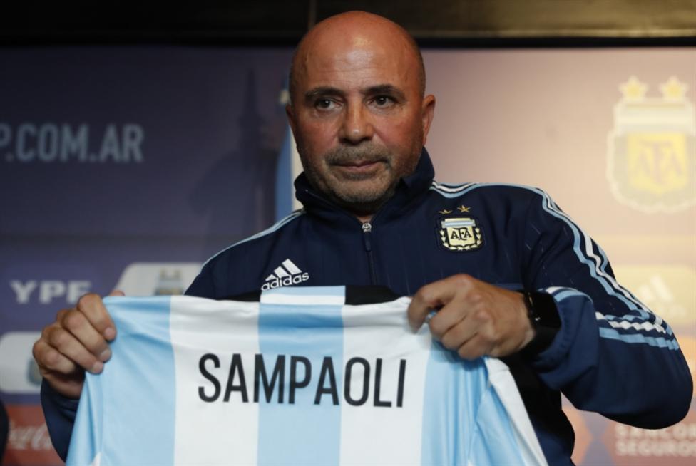 سامباولي يغادر الأرجنتين