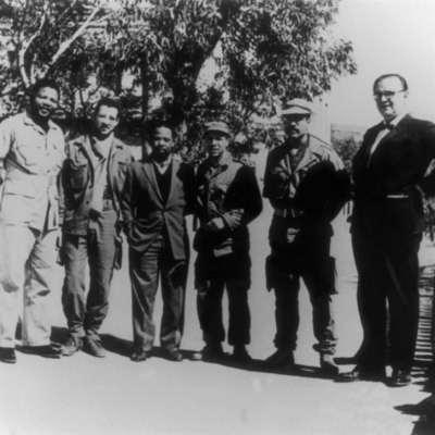 مسدس مانديلا من معاقل الثورة إلى الأوبرا