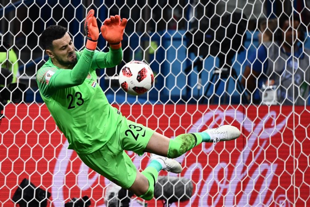 سوبازيش يحمل كرواتيا على كتفيه إلى ربع النهائي