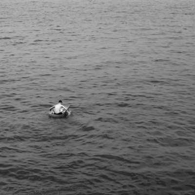 البحر أينما يشاء