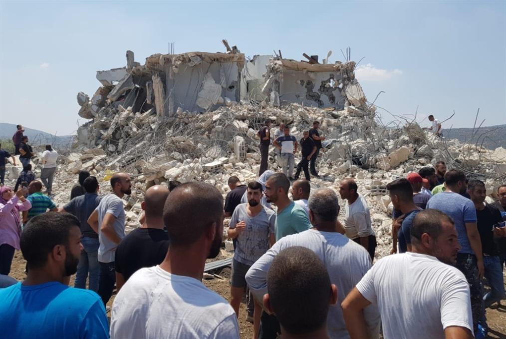 الاحتلال يهدم منزلاً في سخنين:  إصابات خطرة واعتقالات