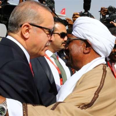 الإمارات ليكس | أبو ظبي «تراقب» الخرطوم: قلبهم مع «الإخوان»!