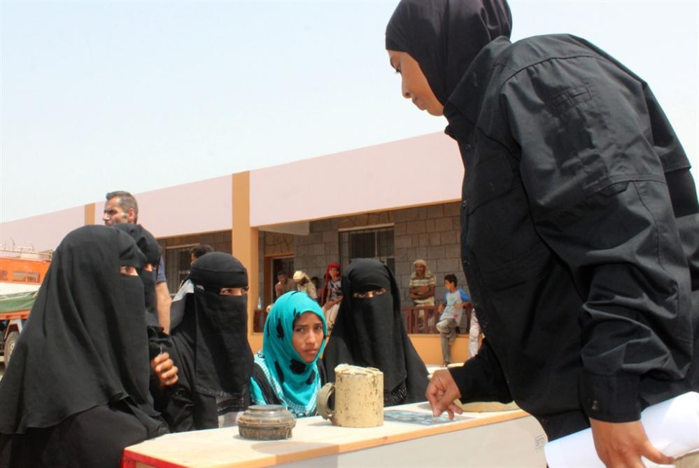 أبو ظبي تنتقم لهزيمتها من نازحي الحديدة!