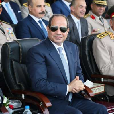 السيسي حزين من المطالبة برحيله: كده برضُه يا مصريين؟