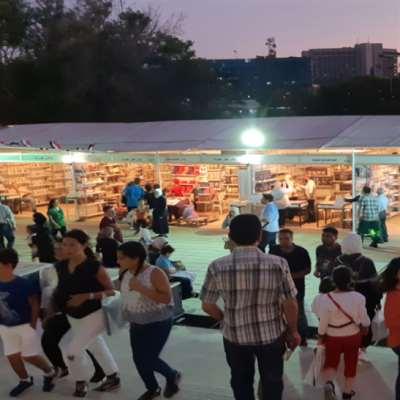 معرض دمشق للكتاب... الرفوف بقيت مُمتلئة
