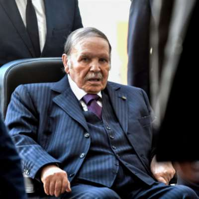 الجزائر: رافضو استمرار بوتفليقة ينزلون إلى الشارع