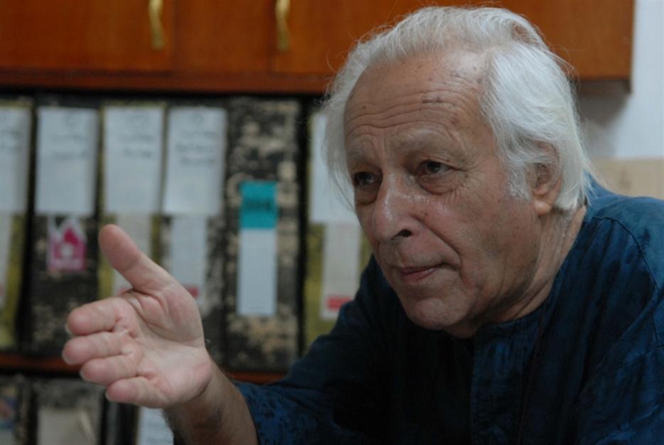 نظريته عن «المركز والأطراف» ثورة في الفكر الاقتصادي: «اليسار البديل» يفقد سمير أمين