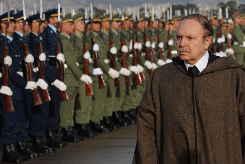 الجزائر | الجيش ليس بعيداً عن الانتخابات... لكن