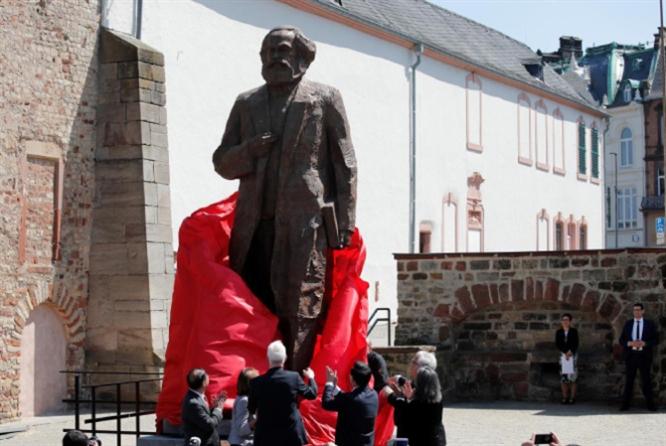 سحرُ الماركسيّة في القرن الواحد والعشرين