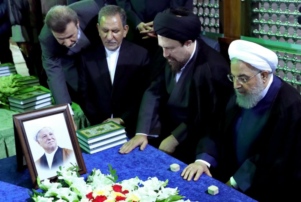 تساقط الفريق الاقتصادي للحكومة: روحاني «محصّن» أمام هجمات البرلمان