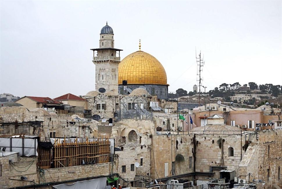 القدس والمسجد الأقصى بين زلّة عيد وخطيئة يوسف زيدان!