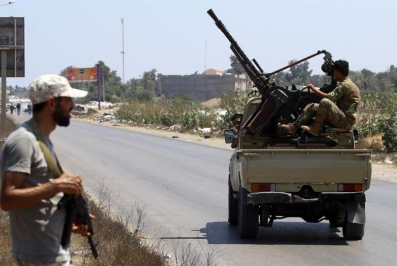 تصاعد اشتباكات طرابلس: السراج متّهم بـ«الفوضى»
