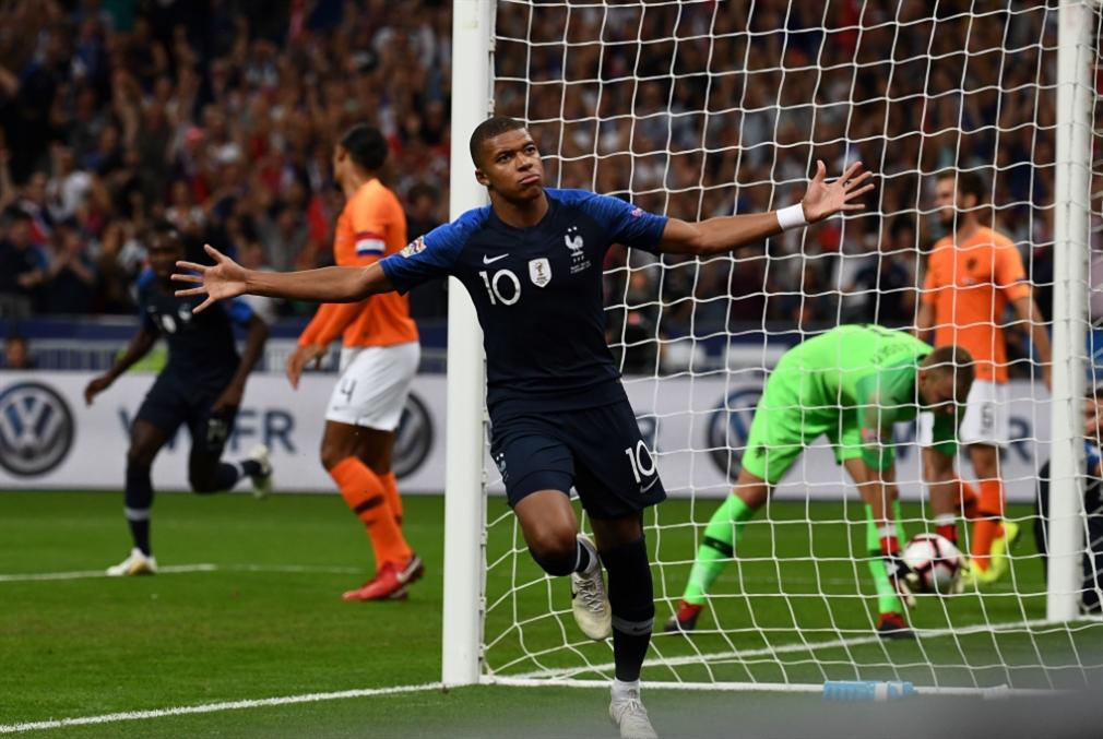 فرنسا تفوز على هولندا وتتصدّر مجموعتها