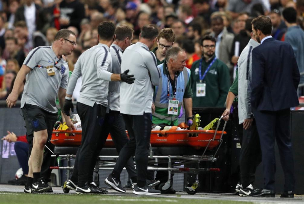 لوك شو يؤكد أنه «بخير» بعد الإصابة بالرأس