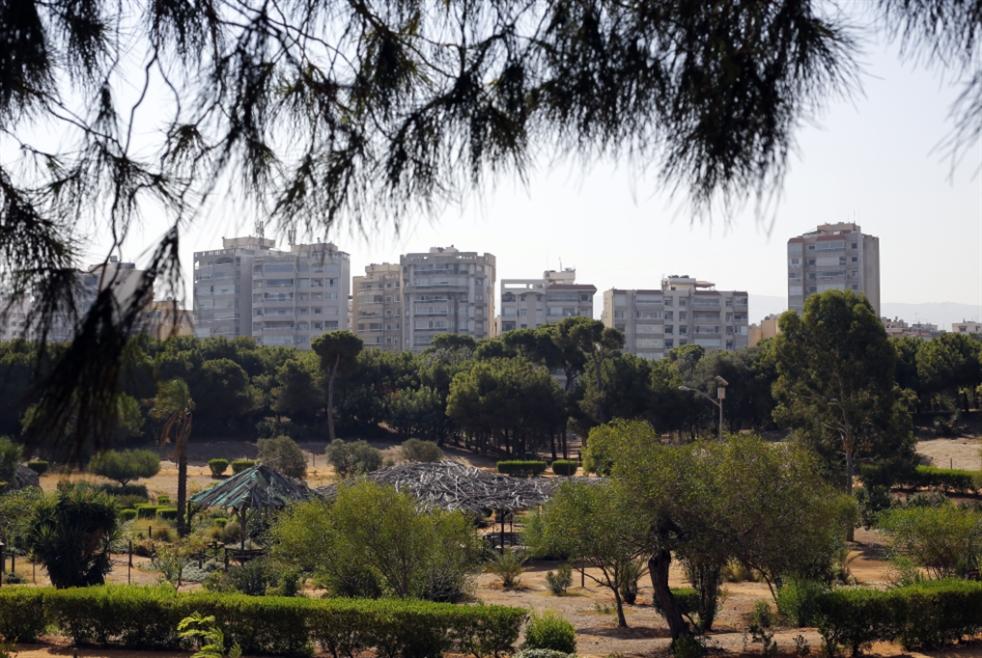 «أولاد الدولة» يعتدون على أملاكها: حرش بيروت... يُقضم ويتبدّد