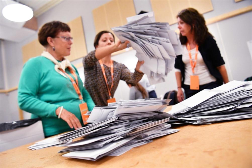 السويد | انتخابات «لا غالب ولا مغلوب»: تخوّف من «شلل» سياسي