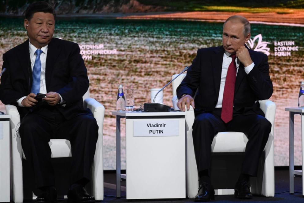 موسكو وبكين: لتعزيز العملة الوطنية بمواجهة الدولار