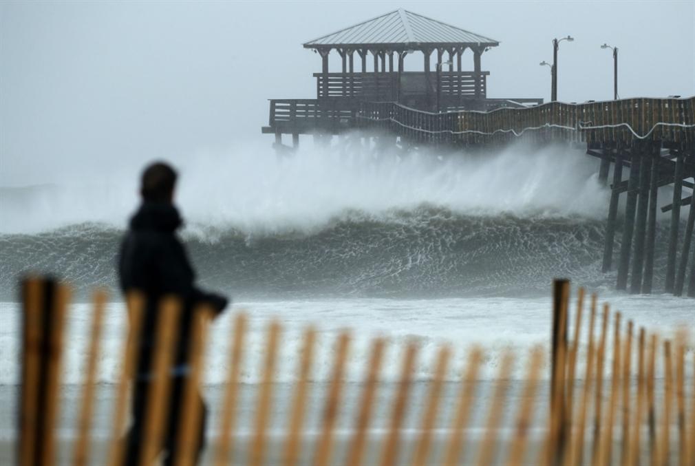 «فلورنس» يضرب الساحل الشرقي الأميركي