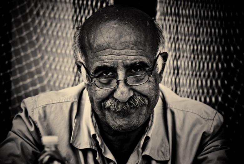 عباس بيضون: خصبٌ هذا الموت  إلى درجة الأدب