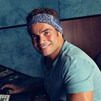 عمرو دياب: singles في انتظار «كل حياتي»