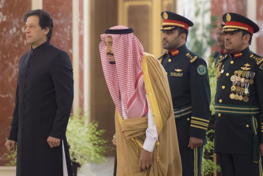 عمران خان في السعودية: زيارة أكثر من «فولكلورية»... أقلّ من ناجحة