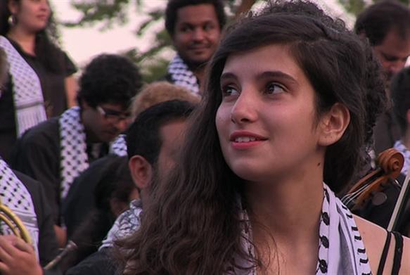 شباب فلسطين  أبعد  من الموسيقى