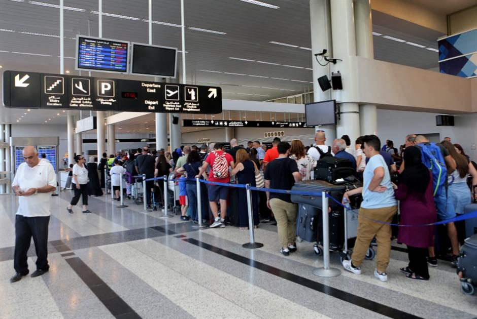 أزمة المطار: استدعاء الحسن وشهاب الدين للتحقيق