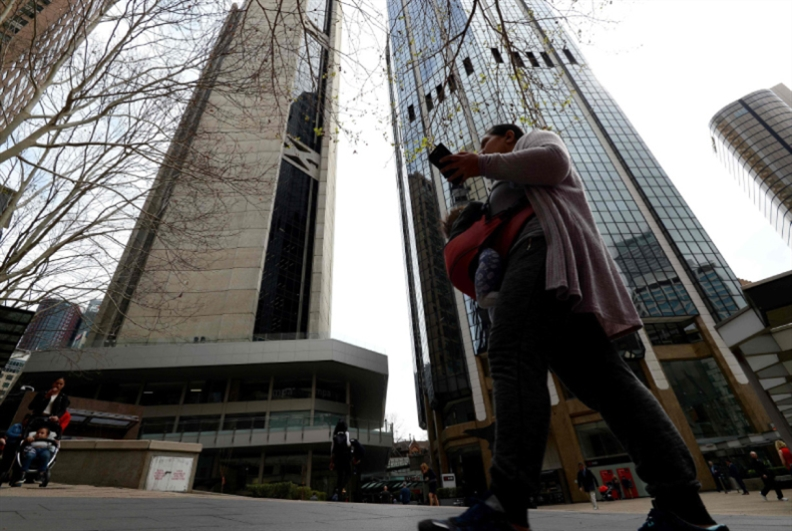 فوضى سياسية في أوستراليا: هل يتجاوز موريسون لعنة الكرسي؟