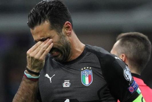 ما أسباب اكتئاب لاعبي كرة القدم؟