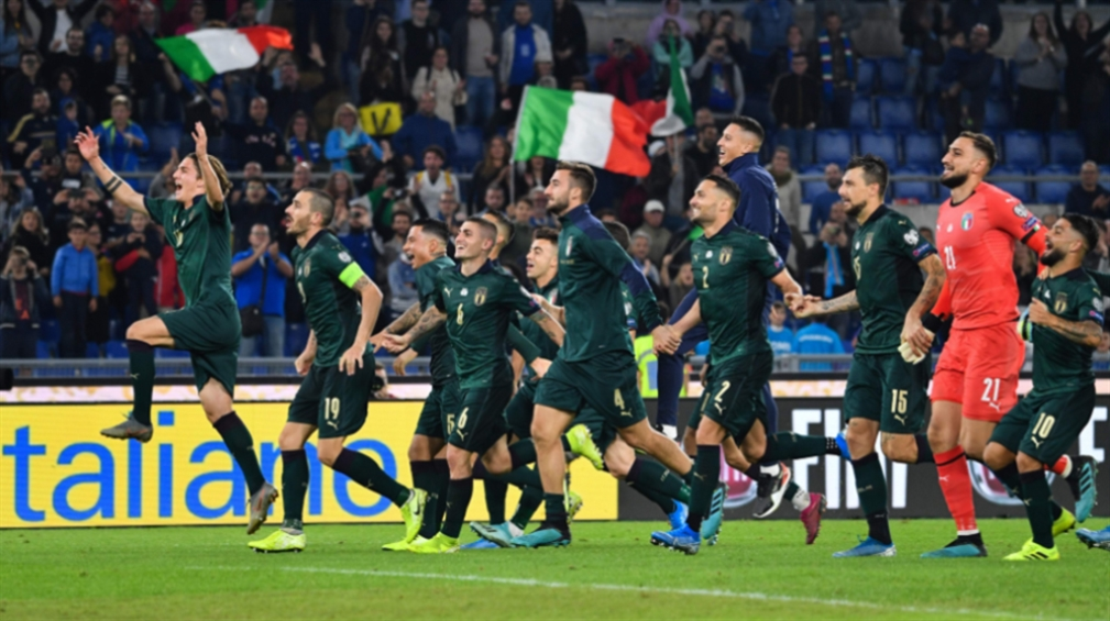صورة إيطاليا تتأهّل ورقم قياسي لراموس