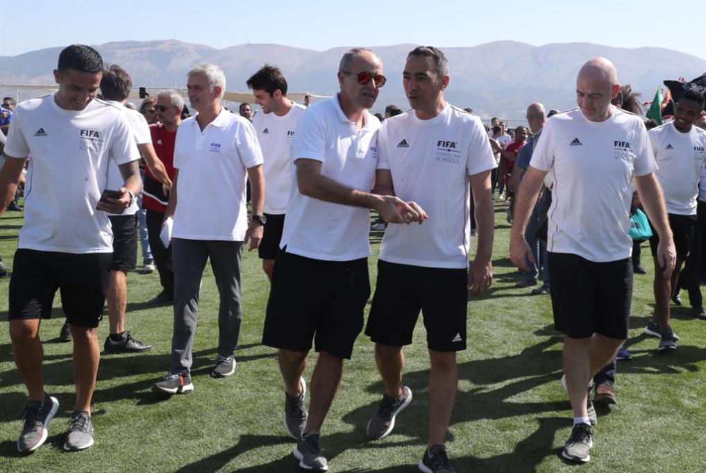 مشاهير كرة القدم العالميون في لبنان