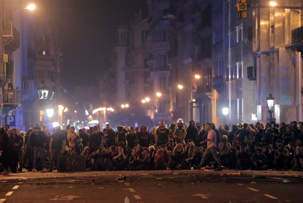 تعقّد المشهد في كتالونيا: مدريد على موقفها والانفصاليون منقسمون