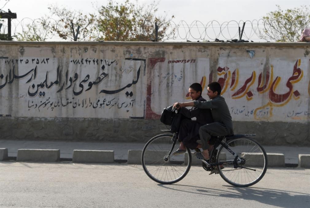 موفدٌ أميركي في كابول... وإشارات إيجابية لـ«طالبان»