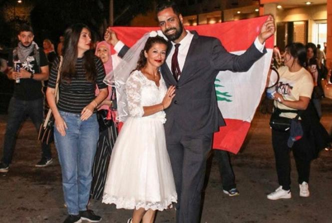 ملاك ومحمد: زفاف في زمن «الثورة»