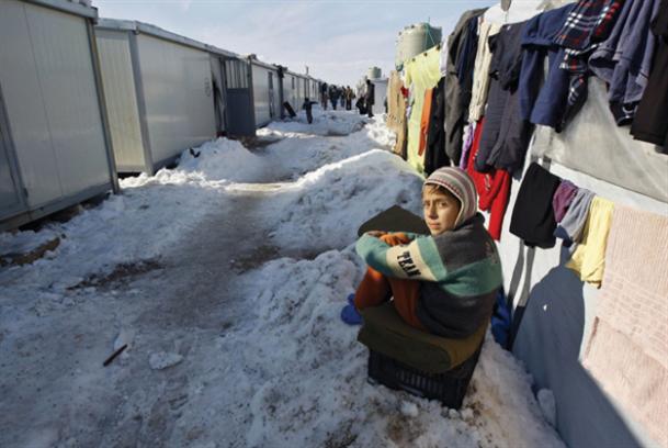 حملة لدعم اللاجئين: «ساعدونا لنساعدهم»