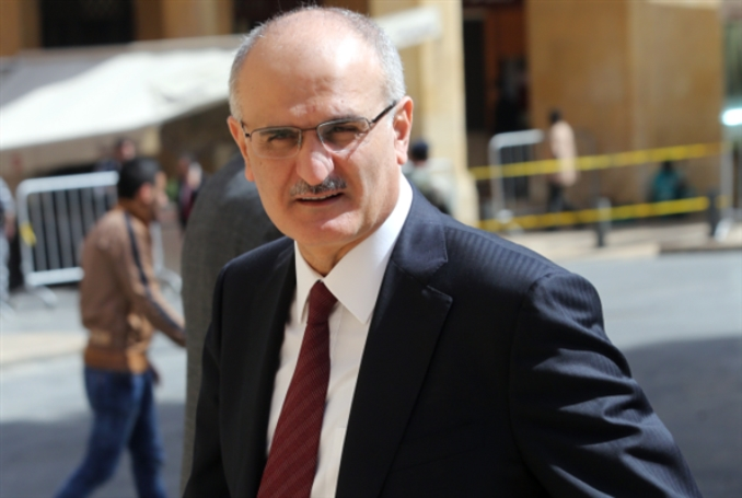 وزير المال لـ«الأخبار»: نعدّ خطّة لإعادة هيكلة الدَّين العام