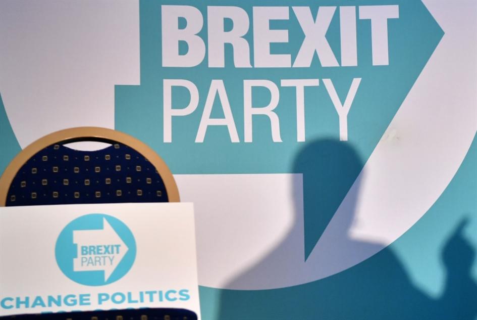 حزب «بريكست» يمهّد الطريق لفوز جونسون