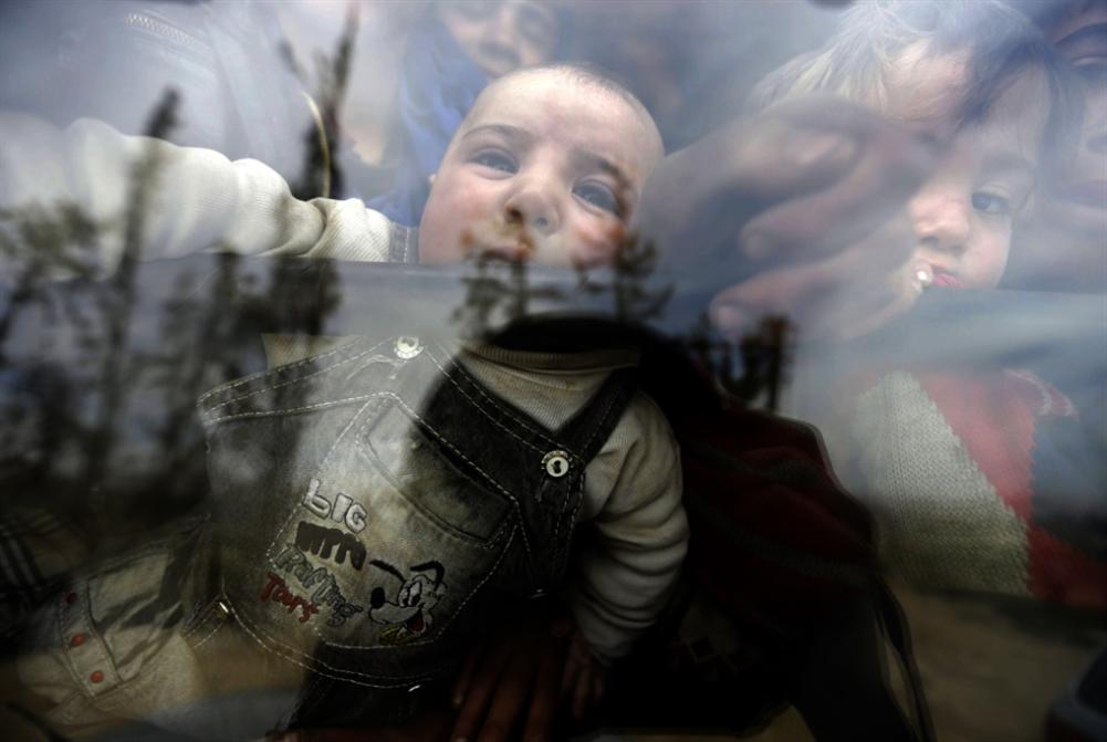 «نادي المفقودات» يستقطب حليب الأطفال
