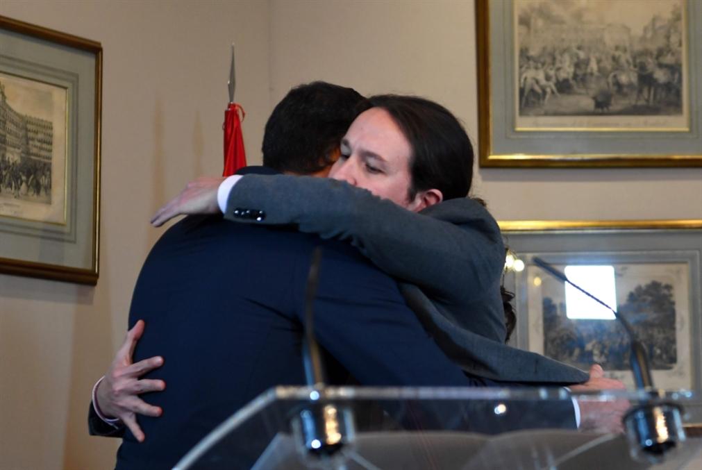 إسبانيا: اتفاق الاشتراكيين و«بوديموس» لتشكيل حكومة «تقدّمية»