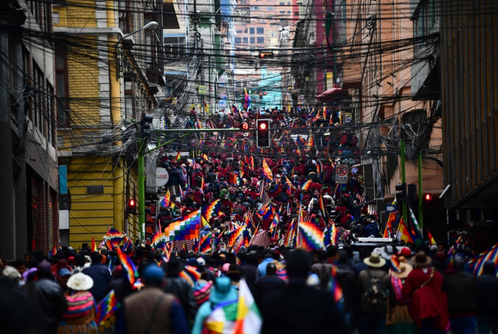 بوليفيا «الجديدة» ترسم تحالفاتها: إلى اليمين دُرْ!