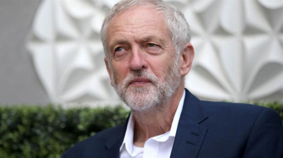 صورة هذا ما قاله رئيس حزب العمّال البريطاني عن ارتفاع أسعار التذاكر في الدوري الإنكليزي