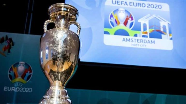 صورة حديث كرة القدم: المنتخبات المتأهّلة إلى «يورو 2020»، الجماهير الإنكليزية «تنتصر» على VAR، ورونالدو يحرج اليوفي مرتين