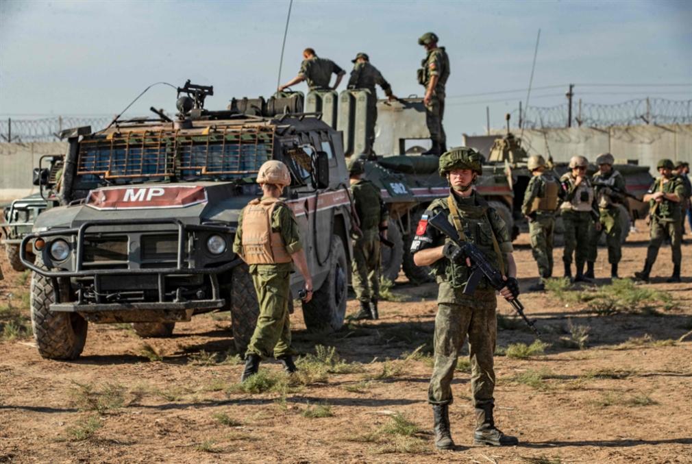 تَوزُّع النفوذ في الشمال السوري: روسيا تَرِث القواعد الأميركية