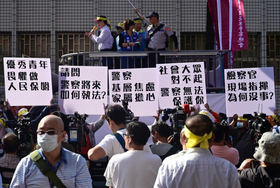 حاملة طائرات صينية تثير قلق تايوان