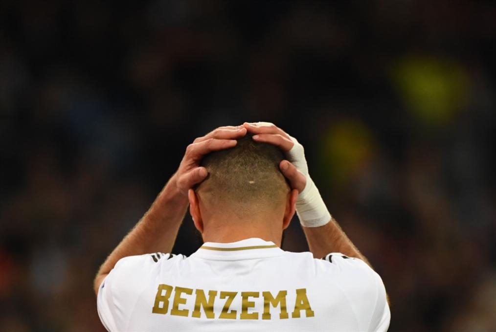حديث كرة القدم: بنزيما «منبوذ» دولياً، «الأزوري» ليس كبيراً في عين بونوتشي، والبرازيل بطلة العالم مجدداً