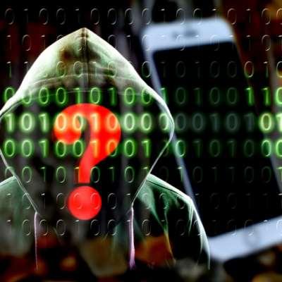 «غوغل» و«سامسونغ» تعترفان: كاميرا هاتفك مخترقة